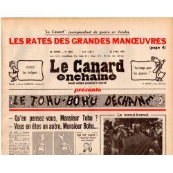 Canard Enchaîné (le) - n° 3052 - 25 avril 1979 - Les ratés des grandes manœuvres en Vendée