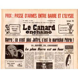Canard Enchaîné (le) - n° 2976 - 9 novembre 1977 - Barre : ce n'est plus Joffre, c'est le maréchal Pétrin !