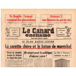 Canard Enchaîné (le) - n° 2933 - 12 janvier 1977 - Le plan Barre-Joffre : la carotte chère et le bâton de maréchal