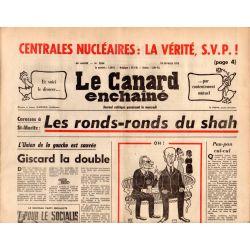 Canard Enchaîné (le) - n° 2834 - 19 février 1975 - St-Moritz : Les ronds-ronds du shah - Centrales nucléaires