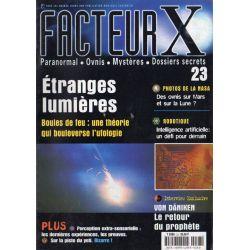 Facteur X - n° 23 - Etranges lumières, les boules de feu