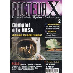 Facteur X - n° 2 - Complot à la NASA, Alunissage : les photos truquées ?
