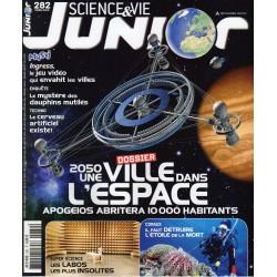 Science & Vie Junior n° 282 - 2050, une ville dans l'espace