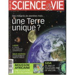 Science & Vie n° 1093 - Des milliards de planètes mais ... une Terre unique ?